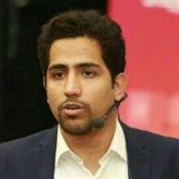 وحید قنبری زاده - موسس کافه کارآفرینی و مدرسه استارتاپ ایران